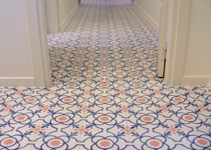 Mosaico en pasillo